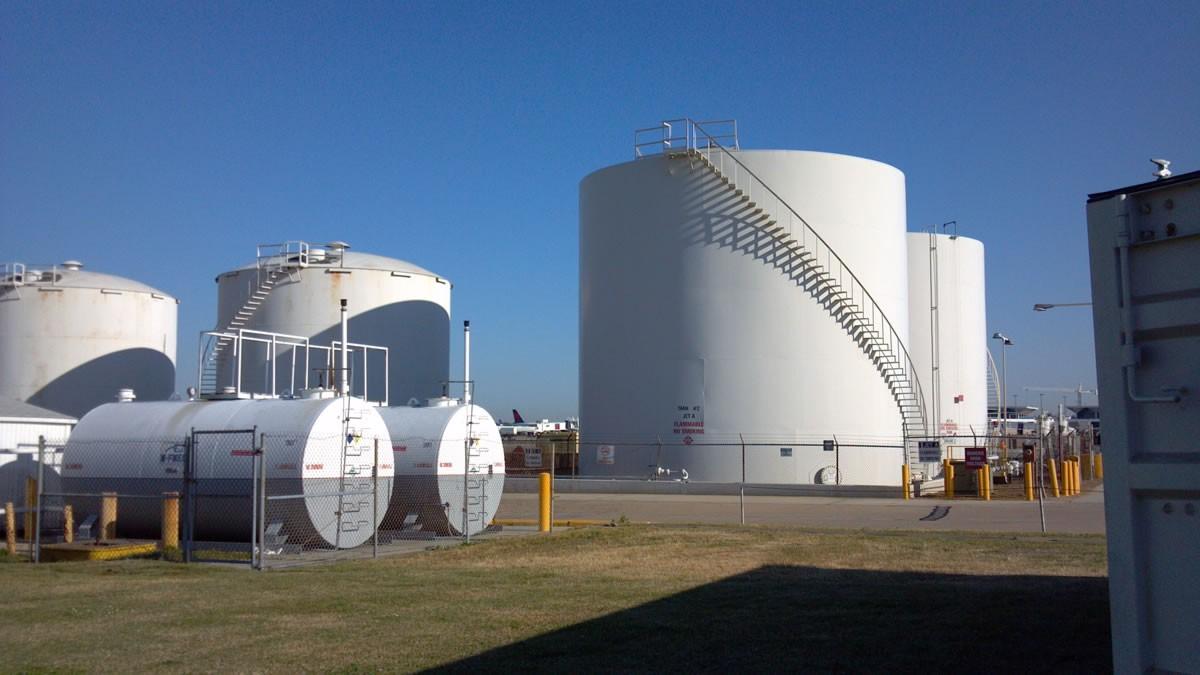Servicios especializados en hidrocarburos mantenimiento for Limpieza de tanques de combustible